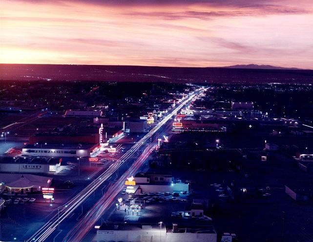 Albuquerque from top of Bank  (� James Hodges)